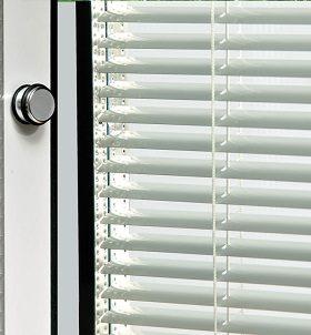 کرکره پنجره مناسب برای کلیه پنجره ها